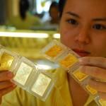 Giá vàng giảm xuống sát 46,5 triệu đồng/lượng