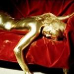 Sốc với công nghệ nhuộm tóc bằng vàng