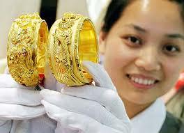 Giá vàng trong nước đang có dấu hiệu tăng trở lại ở quý 1 năm 2013
