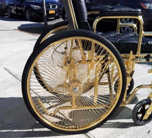 Xe lăn của Lady Gaga