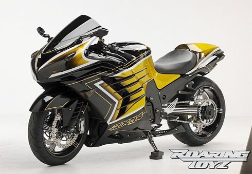 Xe Kawasaki mạ vàng