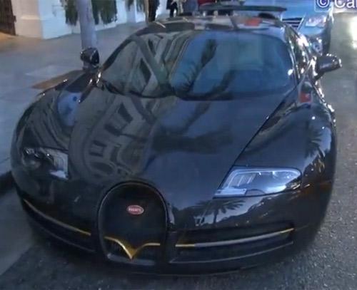 Bugatti Veyron mạ vàng