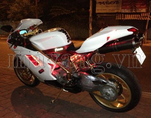 Ducati-848-evo-ma-vang-24K-sang-trong (3)