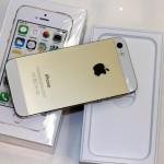 Đập hộp bộ đôi iPhone 5S và 5C chính hãng
