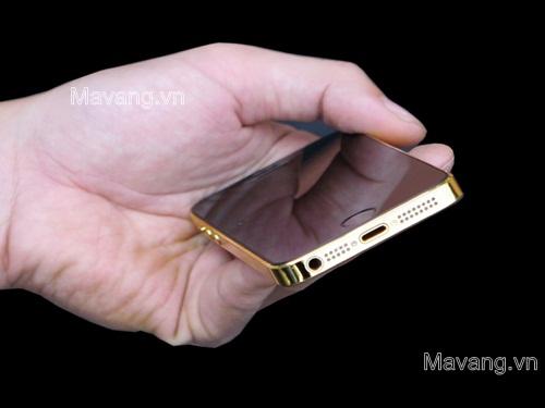 Chiếc IPhone 5s ma vang 24K với hình ảnh BÁT MÃ được MA VANG tráng gương