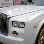 Rolls-Royce Phantom mạ vàng độc đáo tại Việt Nam