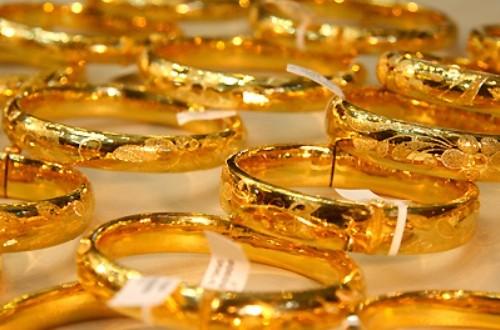 Giá vàng hôm nay giảm dần