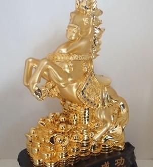 Mẫu ngựa giả vàng có nguồn gốc từ Trung Quốc