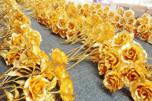 hoa hồng mạ vàng 24k giá rẻ, bông hồng dát vàng, quà tặng Valentine 2014, quà tặng 8/3, hoa hồng mạ vàng giả