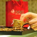 Giá vàng tiếp tục giảm xuống mức thấp nhất trong vòng 10 tuần qua