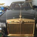 """Bộ đôi siêu xe Rolls-Royce Phantom Rồng mạ vàng"""" Made in Việt Nam"""