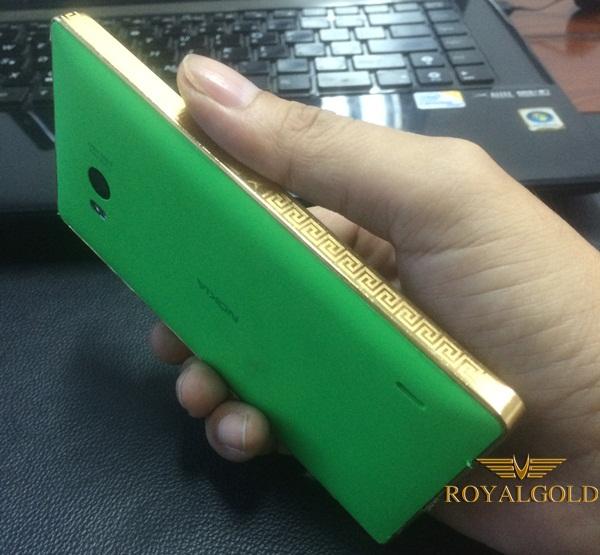 Lumia 930 ma vang 24K, giới thiệu điện thoại Nokia mạ vàng 18K