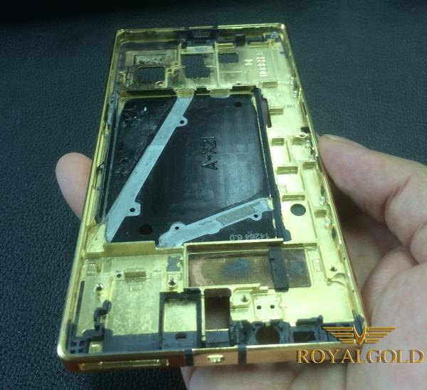 Nokia Lumia 930 ma vang 24k 1