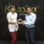 """VinaTAB trao thưởng iPhone 5s mạ vàng chương trình """"Dự đoán Worldcup 2014"""""""