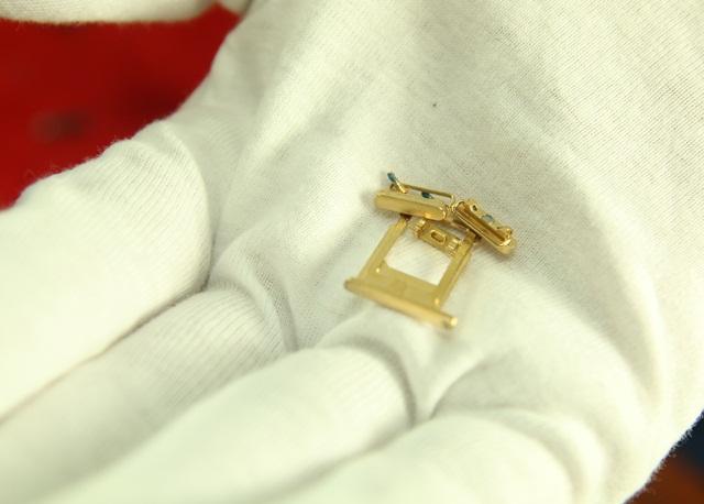 Royal Gold & Karalux trình làng iPhone 6 mạ vàng 24K đầu tiên trên thế giới
