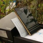iPhone 6 mạ vàng đọ dáng cùng BlackBerry Passport, HTC, Note 4