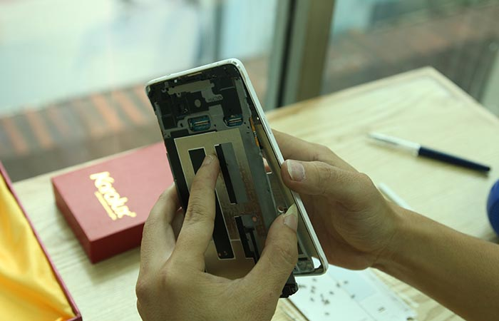 tháo mở Samsung Galaxy Note 4