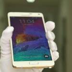 The first 24K gold-plated Samsung Galaxy Note 4 version in Vietnam