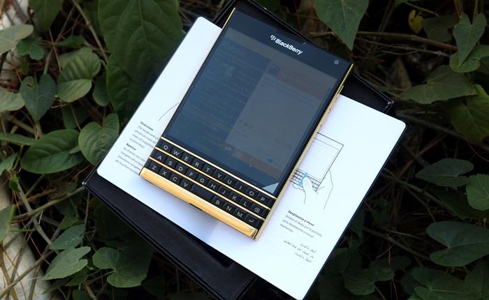 24K gold Blackberry Passport 2