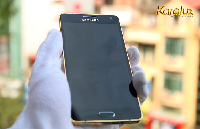 Samsung Galaxy A5 mạ vàng bởi Karalux ra mắt ngay khi lên kệ