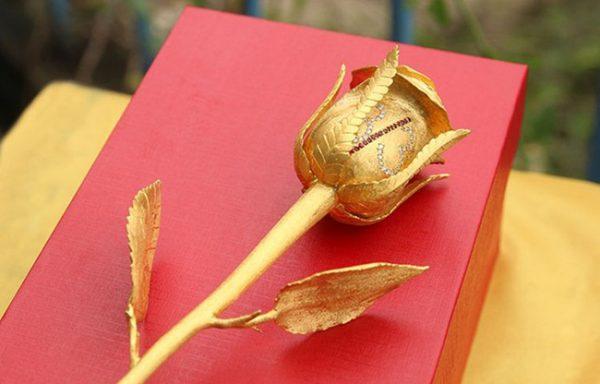 bong hong ma vang, giá bán hoa hồng mạ vàng 24K