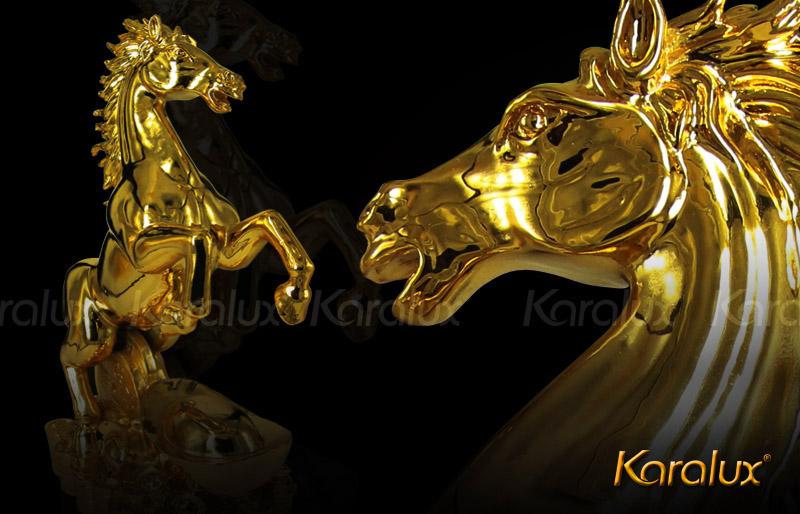 Linh vật Ngựa phong thủy mạ vàng 24K