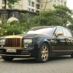 Siêu xe Rolls-Royce Phantom mạ vàng gắn Rồng nổi sang trọng