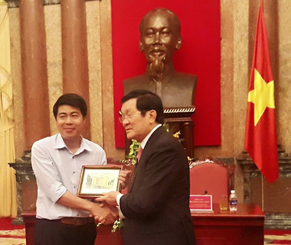 truong tan sang, chủ tịch nước trương tấn sang thăm VinaTAB