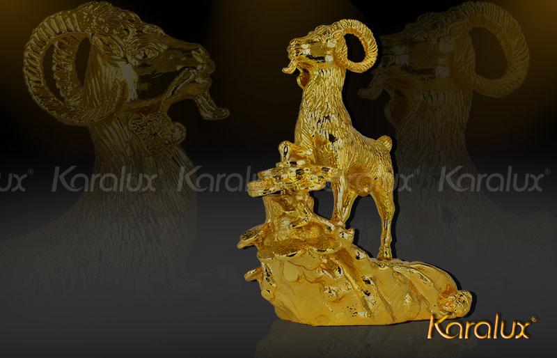 Tượng Dê phong thủy mạ vàng 24K bởi Karalux