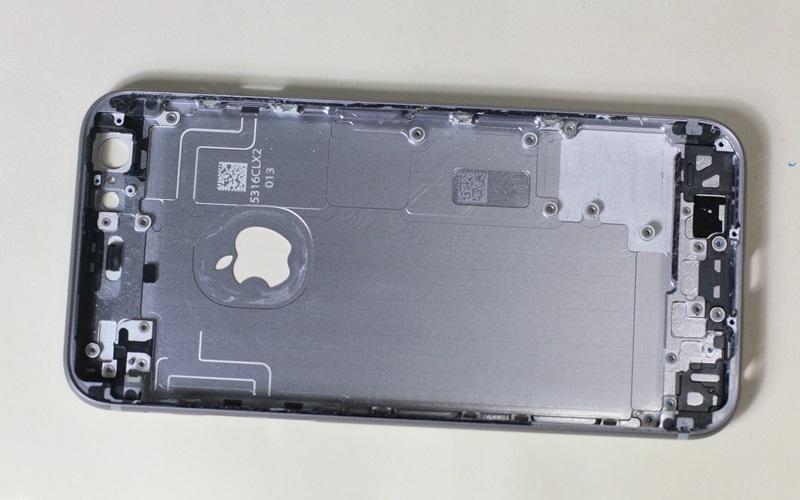 Hướng dẫn tháo dời các chi tiết của iPhone 6s