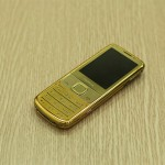 Karalux giới thiệu Nokia 6700 Classic mạ vàng 24K