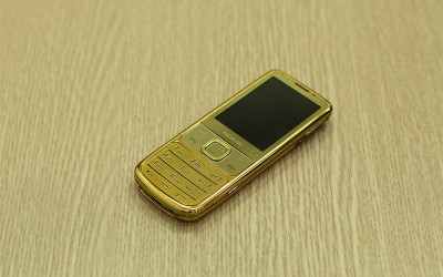 Nokia 6700 mạ vàng 24K, Giá bán N6700 Classic Gold Edition tại Hà Nội, Tp HCM