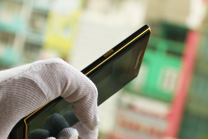 24K gold BlackBerry Priv Edition price in UK, London, Dubai, Saudi   Karalux