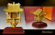 Biểu tượng Chùa một cột bằng đồng mạ vàng 24K