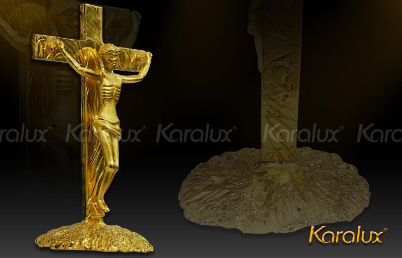 Hình tượng Chúa Giê-su và cây thánh giá mạ vàng 24k