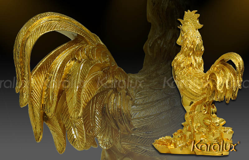 Tượng Gà tài lộc mạ vàng mang lại may mắn và hạnh phúc
