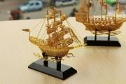 Quà tặng phong thủy cao cấp, sang trọng Thuyền buồm thuận buồm xuôi gió mạ vàng 24k