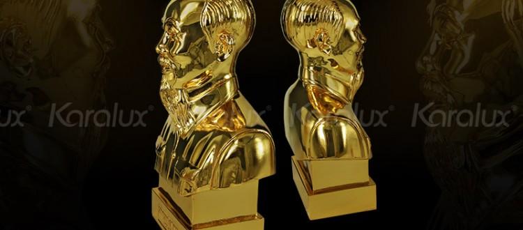 Giá bán tượng chân dung Bác Hồ mạ vàng trên toàn quốc