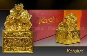 Ấn rồng mạ vàng biểu tượng của uy quyền và sự thống trị