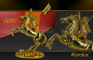 Biểu tượng con khỉ cưỡi ngựa đúc đồng mạ vàng 24K