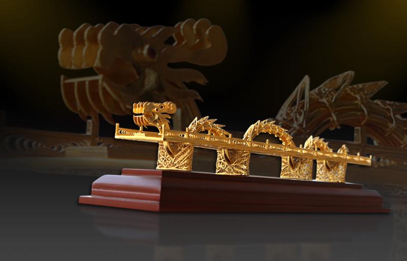 Cầu Rồng Đà Nẵng mạ vàng Karalux