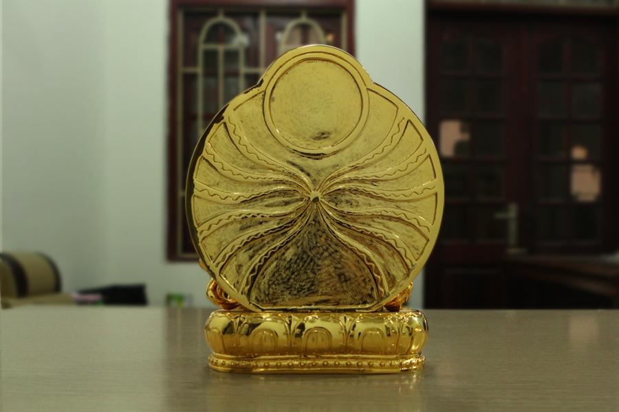 tượng Phật Đại sư liên hoa sinh mạ vàng