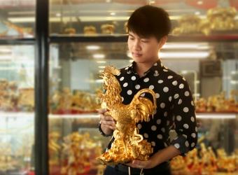 Quà tết 2017: Linh vật gà trống phong thủy mạ vàng hút tài lộc