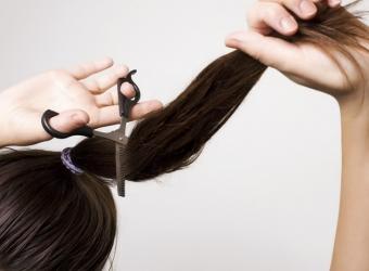 Có nên cắt tóc trong tháng Cô Hồn?
