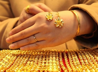 Sau ngày Phụ nữ Việt Nam, giá vàng bắt đầu hạ nhiệt