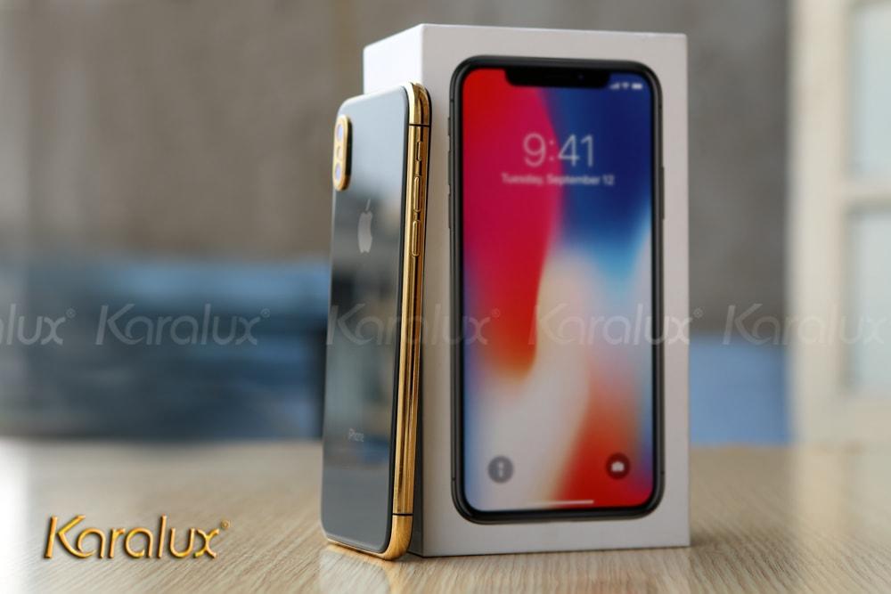 Điện thoại iPhone X mạ vàng bởi Karalux