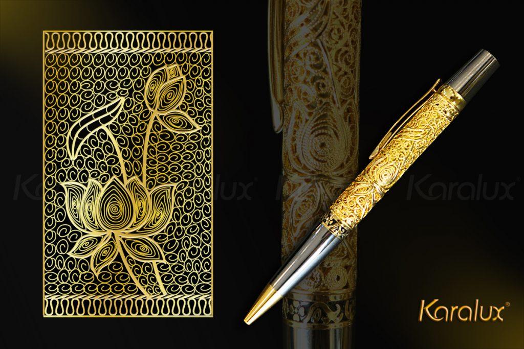 Bút mạ vàng Karalux với họa tiết hoa sen làm từ bạc nguyên chất, bề mặt mạ vàng 24K.