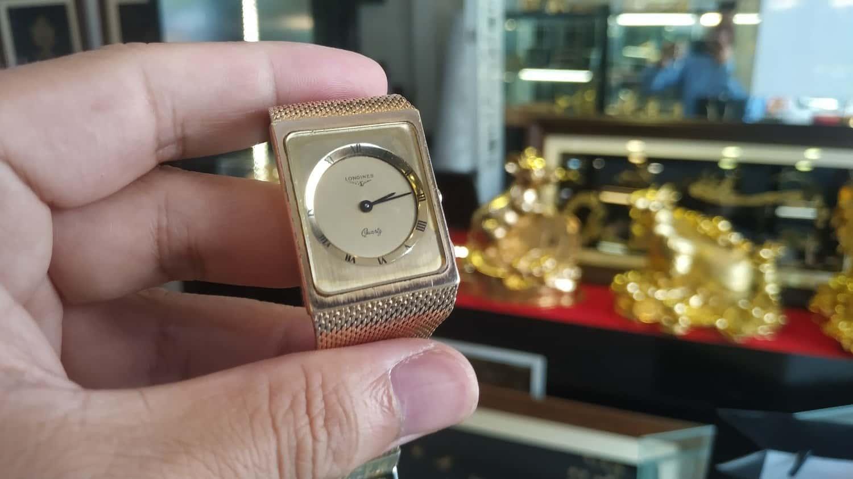Đồng hồ cổ Longines trước khi được xử lý