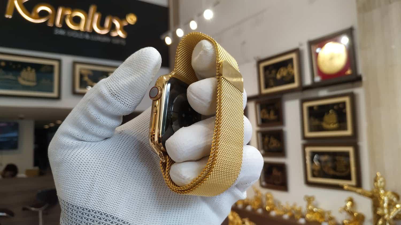 Khác với phiên bản Gold chính hãng chỉ là sơn vàng, phiên bản mạ vàng Pre Gold từ Karalux là phiên bản mạ vàng thật