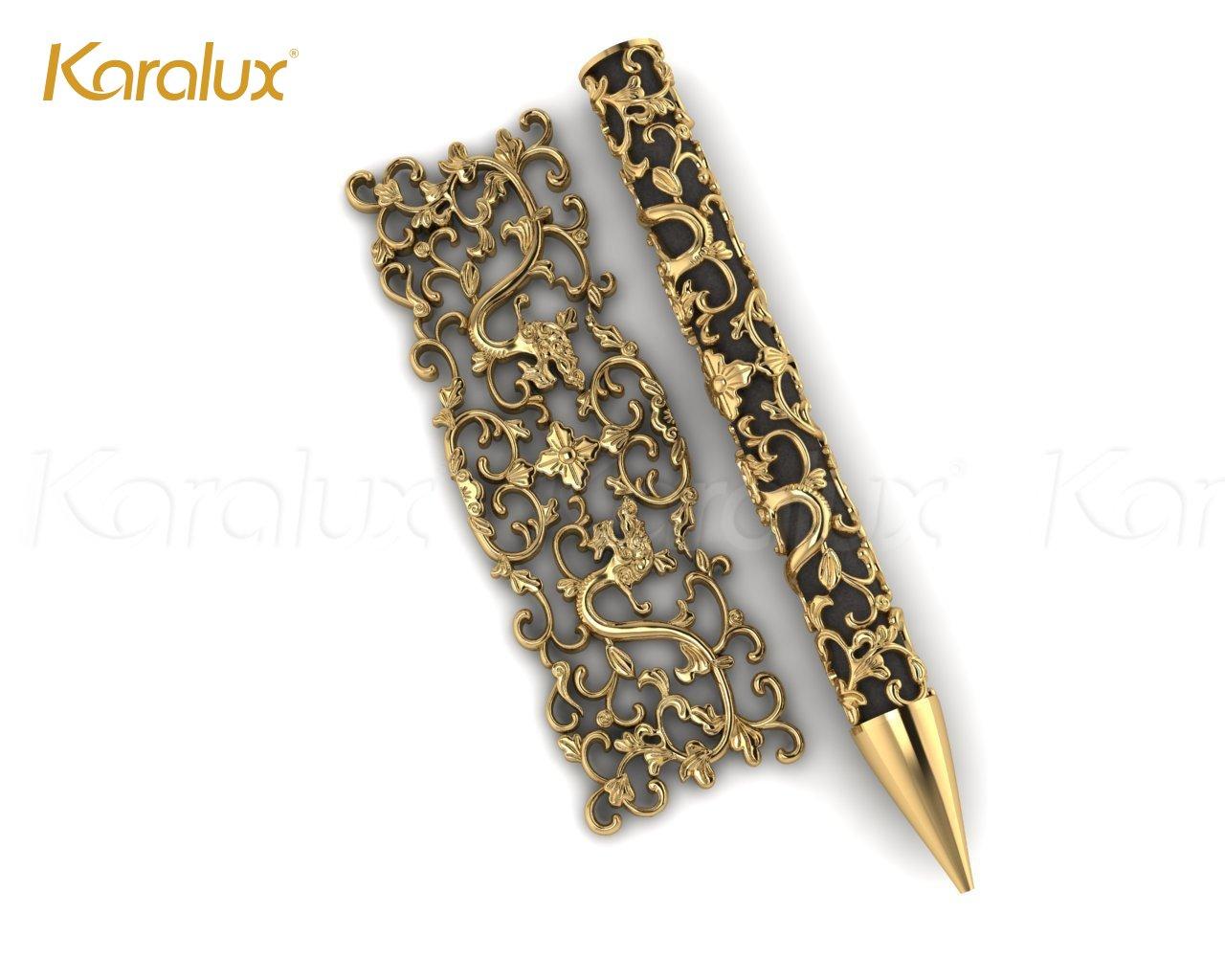 Đội ngũ thiết kế Karalux lên thiết kế trước mẫu bút trước khi sản xuất chính thức